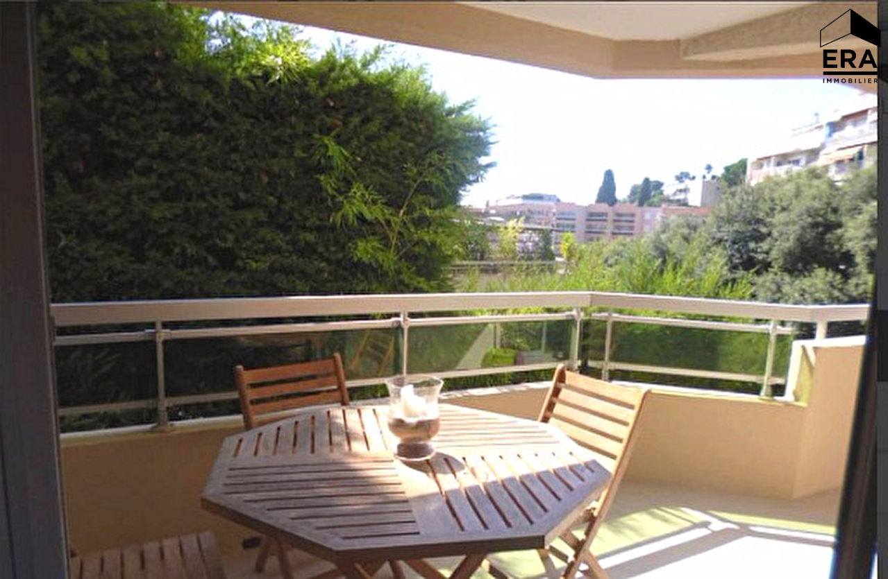 Appartement a vendre nice 2 pi ces m vente for Agence appartement